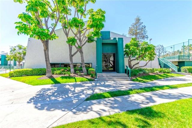 15301 Santa Gertrudes Avenue, La Mirada CA: http://media.crmls.org/medias/7e675438-d2ad-4d67-9dc1-512ff7e75037.jpg