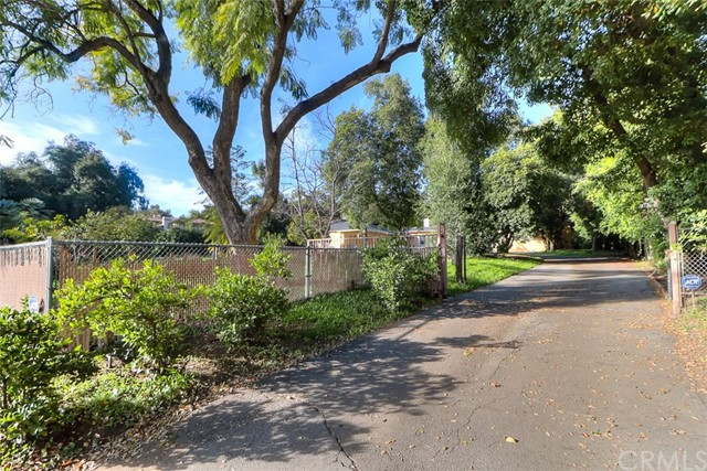 235 Foothill Boulevard, Arcadia, California 91006, 4 Bedrooms Bedrooms, ,For Sale,Foothill,CV20016794