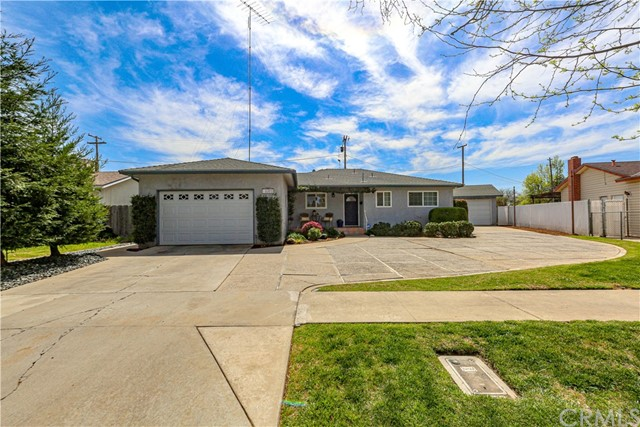 Detail Gallery Image 1 of 46 For 1372 Tipperary Ave, Merced,  CA 95340 - 3 Beds | 2 Baths