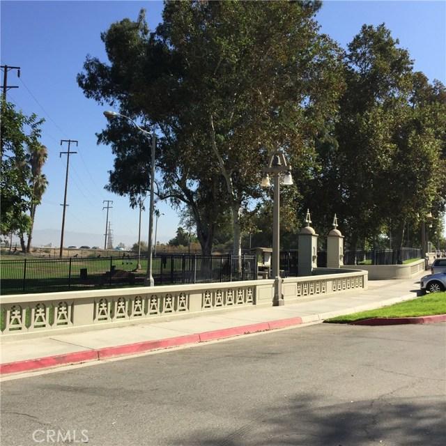 5193 Sierra Cross Way, Riverside CA: http://media.crmls.org/medias/7e76f550-0a5d-4395-8f2c-41722b24b9da.jpg