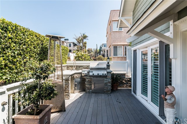 204 30th St, Hermosa Beach, CA 90254 photo 13