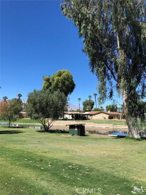 74204 Mercury Circle, Palm Desert CA: http://media.crmls.org/medias/7e86fc99-ac4d-4b01-91e3-fc06a121e28d.jpg