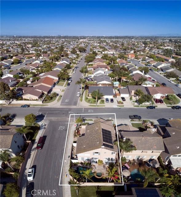 19681 Education Lane, Huntington Beach CA: http://media.crmls.org/medias/7e8e0861-15f9-488f-9975-022b83d58699.jpg