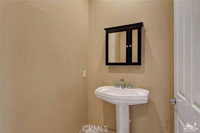 2 Orleans Road, Rancho Mirage CA: http://media.crmls.org/medias/7e8fab49-e11b-4b00-ba35-cc76830dc759.jpg