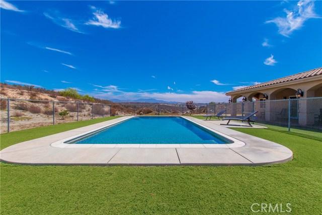 39013 Paso Robles Temecula, CA 92592 - MLS #: SW18208895
