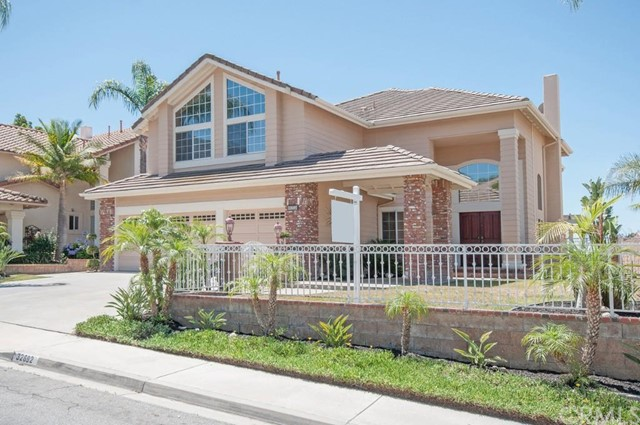 Single Family Home for Sale at 32692 Coppercrest St Rancho Santa Margarita, California 92679 United States
