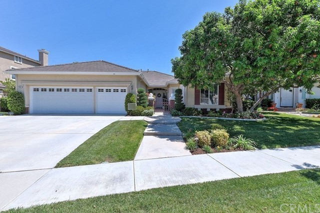 4555 Edgewater Circle, Corona, CA 92883