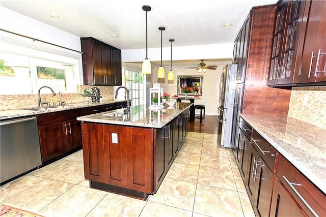 Casa Unifamiliar por un Venta en 5432 Burlingame Avenue Buena Park, California 90621 Estados Unidos