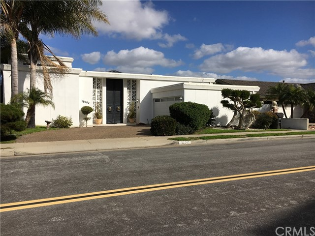 Single Family Home for Sale at 16502 Somerset Lane Huntington Beach, California 92649 United States