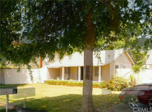 Single Family Home for Sale at 320 40th Street W San Bernardino, California 92407 United States
