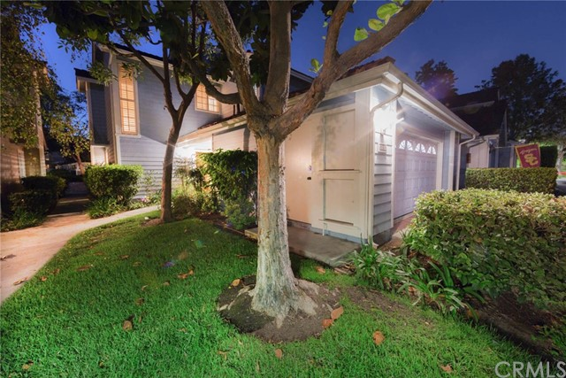 630 Wakefield Court 103 Long Beach, CA 90803 is listed for sale as MLS Listing PW16704502