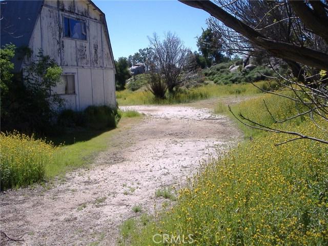683 W Nuevo Road, Perris CA: http://media.crmls.org/medias/7ec63375-75b4-41a7-bf1e-a5aa74a427ce.jpg