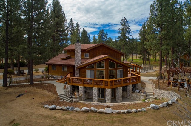 Single Family Home for Sale at 36521 Butterfly Peak Road 36521 Butterfly Peak Road Mountain Center, California 92561 United States