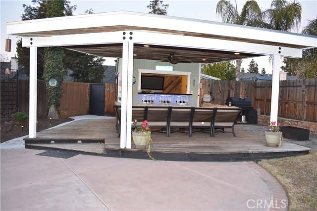 2655 Whittier Avenue, Clovis CA: http://media.crmls.org/medias/7ecb4772-7038-4fed-b2f6-95efab54a986.jpg