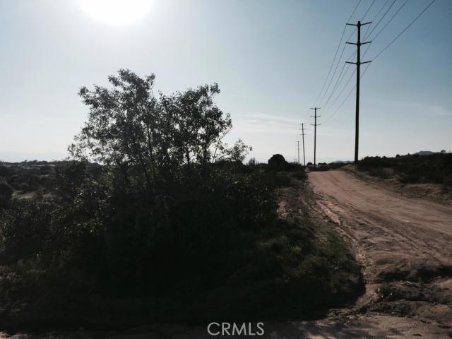 7 Minton Road, Homeland CA: http://media.crmls.org/medias/7ed87448-7a96-448e-bb53-822f0a049c2a.jpg