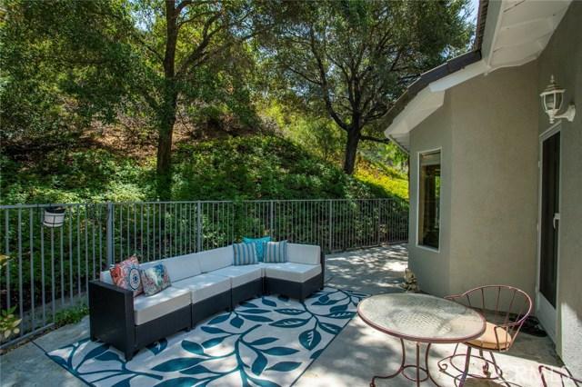 836 S Amber Lane, Anaheim Hills CA: http://media.crmls.org/medias/7ee53d6c-37df-4ccf-b742-ef75fceeac47.jpg