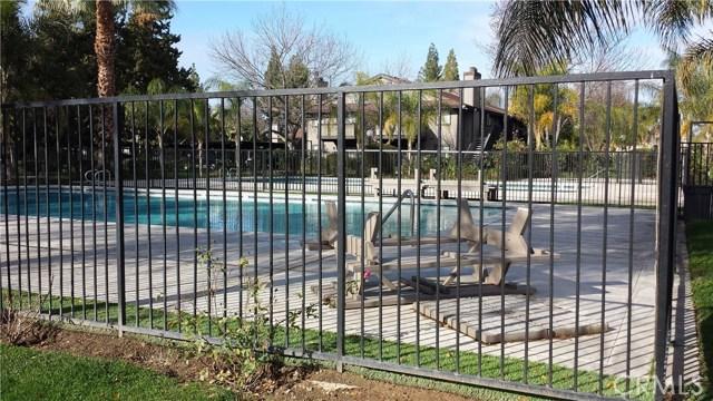 1151 S Chestnut Avenue, Fresno CA: http://media.crmls.org/medias/7ee8576c-9876-427b-8500-8aab2529cb4d.jpg