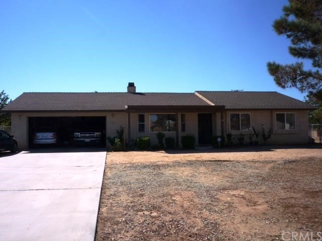 21145 Multnomah Road Apple Valley CA 92308