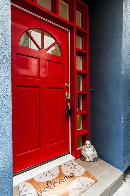 1517 Crest Dr, Manhattan Beach, CA 90266 photo 2