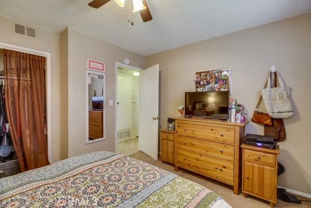 12682 Poplar Street, Garden Grove CA: http://media.crmls.org/medias/7efdd126-9314-48a5-98e5-d306b55432e8.jpg