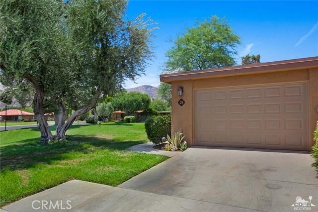 21 La Cerra Drive, Rancho Mirage CA: http://media.crmls.org/medias/7f0c85e6-9371-407d-9202-554bafec1bc1.jpg