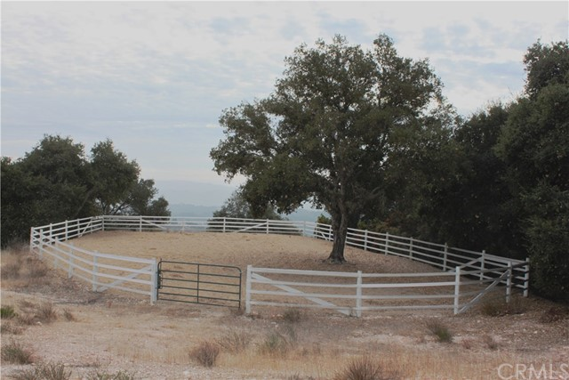 2000 Niderer Road, Paso Robles CA: http://media.crmls.org/medias/7f11eaf2-ad7f-4549-bd77-2ad2ae048b1f.jpg