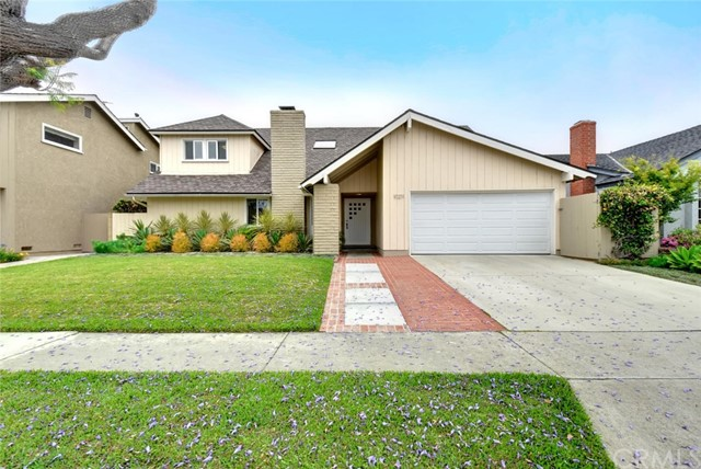 Single Family Home for Sale at 10211 Kings Street Los Alamitos, California 90720 United States