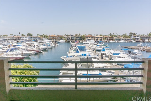 4165  Warner Avenue, Huntington Harbor, California