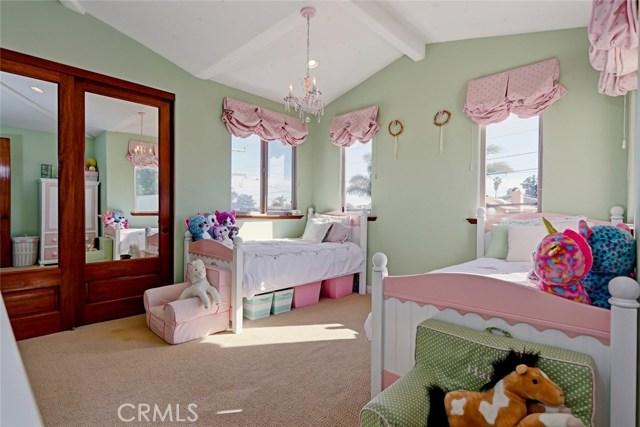 1653 2nd Street Manhattan Beach, CA 90266 - MLS #: SB18034405