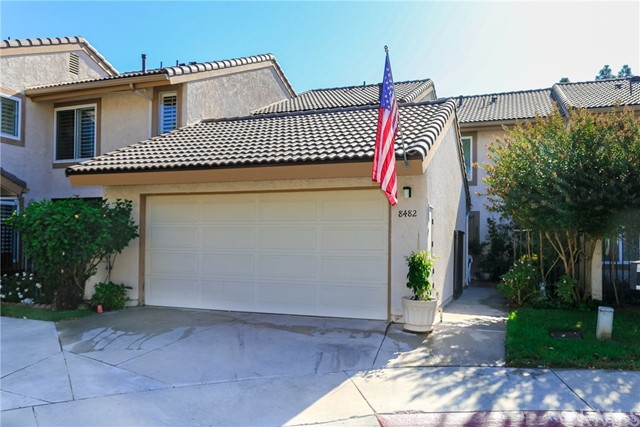 Detail Gallery Image 1 of 1 For 8482 Oakstone Cir, Huntington Beach, CA 92646 - 3 Beds | 2/1 Baths