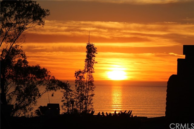1074 7th St, Hermosa Beach, CA 90254 photo 3