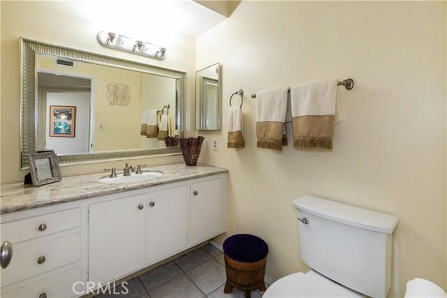 19 Rockrose Way Irvine, CA 92612 - MLS #: SW18169662
