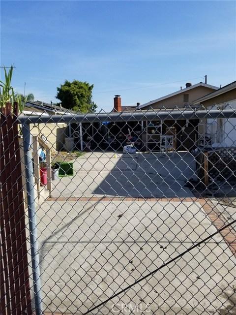 10911 Oak Street, Stanton CA: http://media.crmls.org/medias/7f6b2dfb-6de5-4320-81d2-3b18d0afd865.jpg