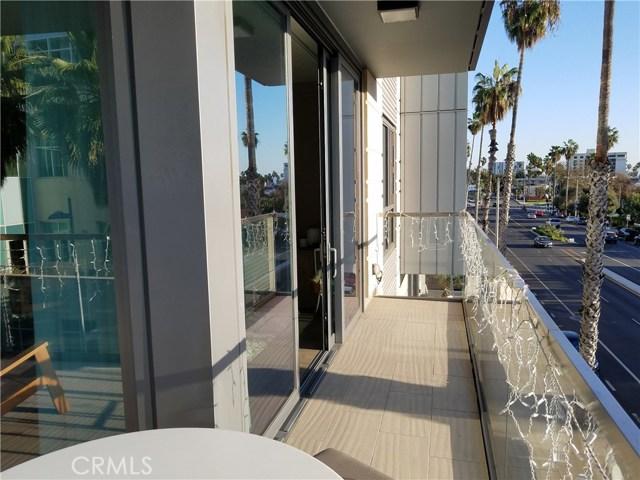 1755 Ocean Av, Santa Monica, CA 90401 Photo 14