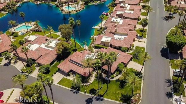 186 Desert Lakes Drive, Rancho Mirage CA: http://media.crmls.org/medias/7f7c4b1a-8cef-4758-a838-b1cf32f2ca77.jpg