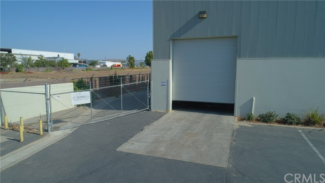 328 Malbert Street, Perris CA: http://media.crmls.org/medias/7f8a742c-6f7c-4775-aa45-e86ecd13641f.jpg