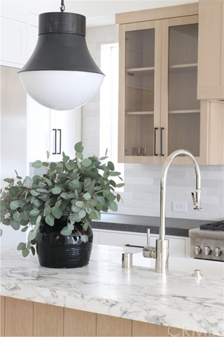 7fa02a8f-fc8d-49c2-a236-8e21b5f38757 719 Orchid Avenue, Corona del Mar, CA 92625 <span style='background-color:transparent;padding:0px;'><small><i> </i></small></span>