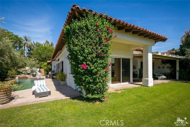 79525 Mandarina, La Quinta CA: http://media.crmls.org/medias/7fa7f843-96e4-48d4-870f-db245c14edd8.jpg