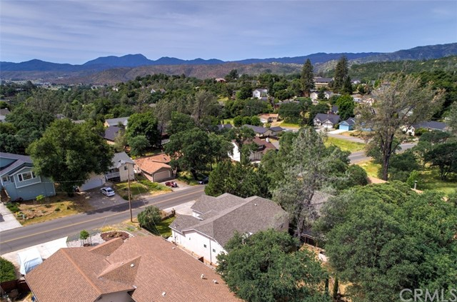 18350 Deer Hill Road Hidden Valley Lake, CA 95467 - MLS #: LC18106553