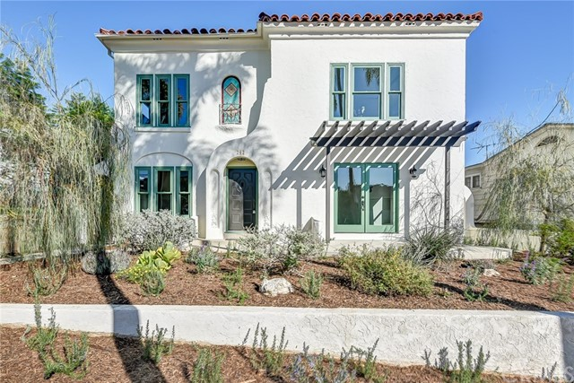 Residential Income for Sale at 262 Park Avenue 262 Park Avenue Long Beach, California 90803 United States