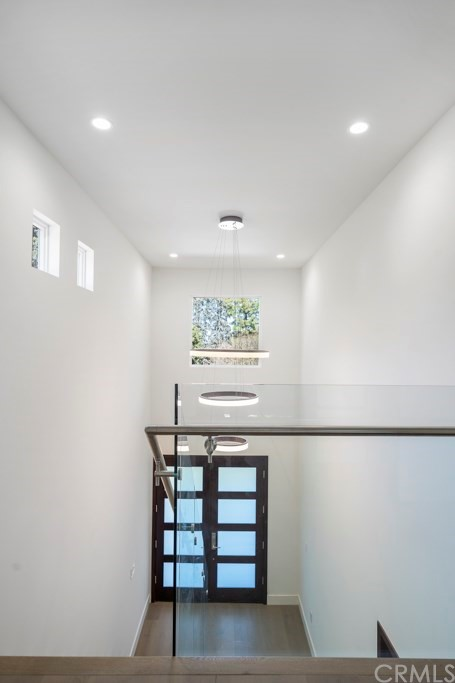 14811 Jadestone Drive, Sherman Oaks CA: http://media.crmls.org/medias/7fafbaa5-6f35-4f94-8f4f-f8a3dfc78ea3.jpg