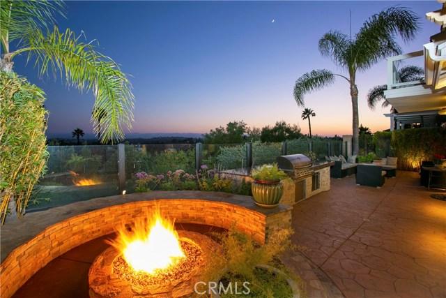 27140 S Ridge Drive, Mission Viejo CA: http://media.crmls.org/medias/7fc60756-7653-4f3a-88b9-5e5da0a1472c.jpg