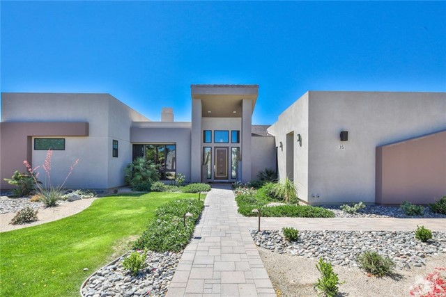 35 Via Noela, Rancho Mirage CA: http://media.crmls.org/medias/7fd06eef-5b44-4377-93ab-39340475a525.jpg