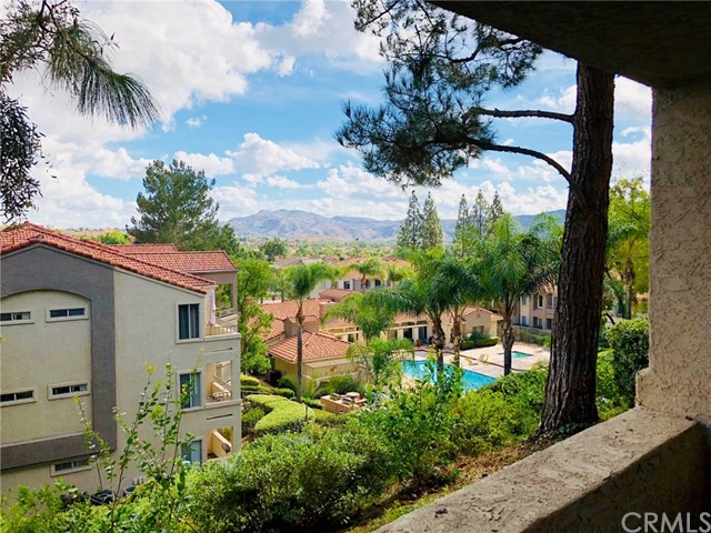 1025 LA TERRAZA CIRCLE #103, CORONA, CA 92879  Photo 9