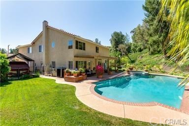 1902 Deer Haven Drive, Chino Hills CA: http://media.crmls.org/medias/7fe32fa5-21c6-4add-a308-e4ef6e6cec5a.jpg