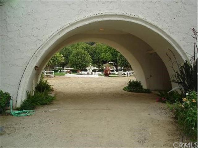 96 Saddlebow Road, Bell Canyon CA: http://media.crmls.org/medias/7fe3a5b6-5197-4a3e-9253-b52bee91ca4c.jpg
