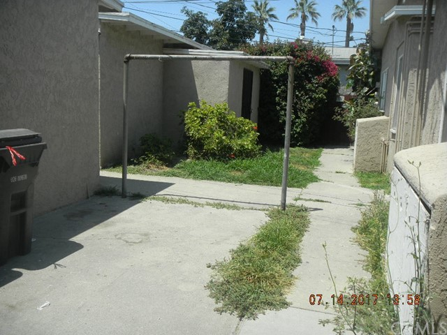 6121 Linden Avenue Long Beach, CA 90805 - MLS #: PW17162268