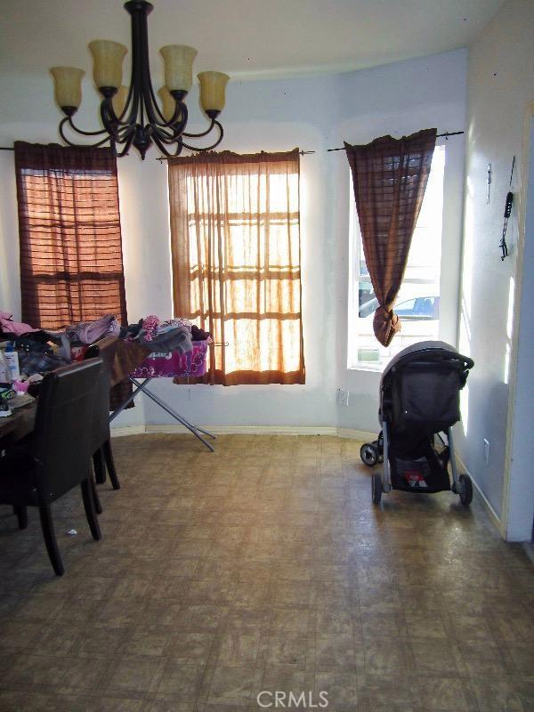 1174 E 41st Place, Los Angeles CA: http://media.crmls.org/medias/7ff6ea47-5c2e-4bf5-a2e1-c56c1d6c8d28.jpg