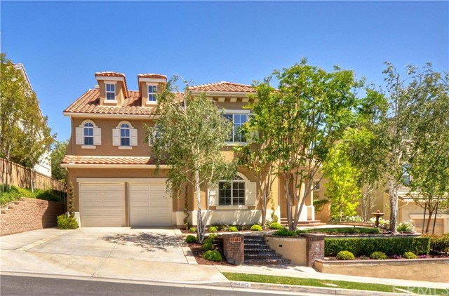 Single Family Home for Sale at 23262 Castle Rock Mission Viejo, California 92692 United States