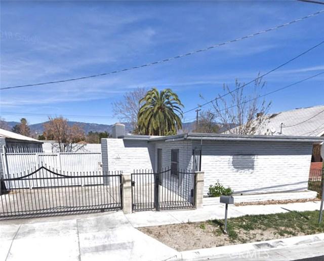 1366 Walnut Street, San Bernardino CA: http://media.crmls.org/medias/80082f06-8b9b-4fde-b933-7b8b8362b593.jpg